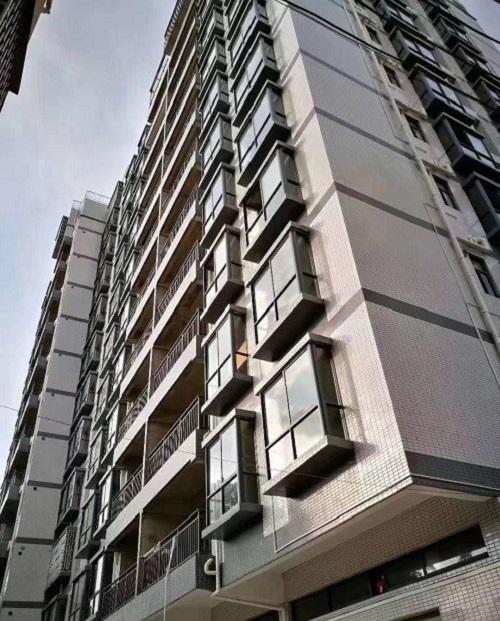 东莞大朗《松湖星晨》地铁口小产权房特价房3580元/平方米起