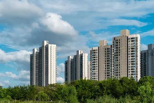 长安4栋村委统建楼《畔山悦府》400户大型社区带花园带停车场